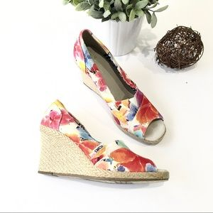 TOMS Floral Peep Toe Wedges